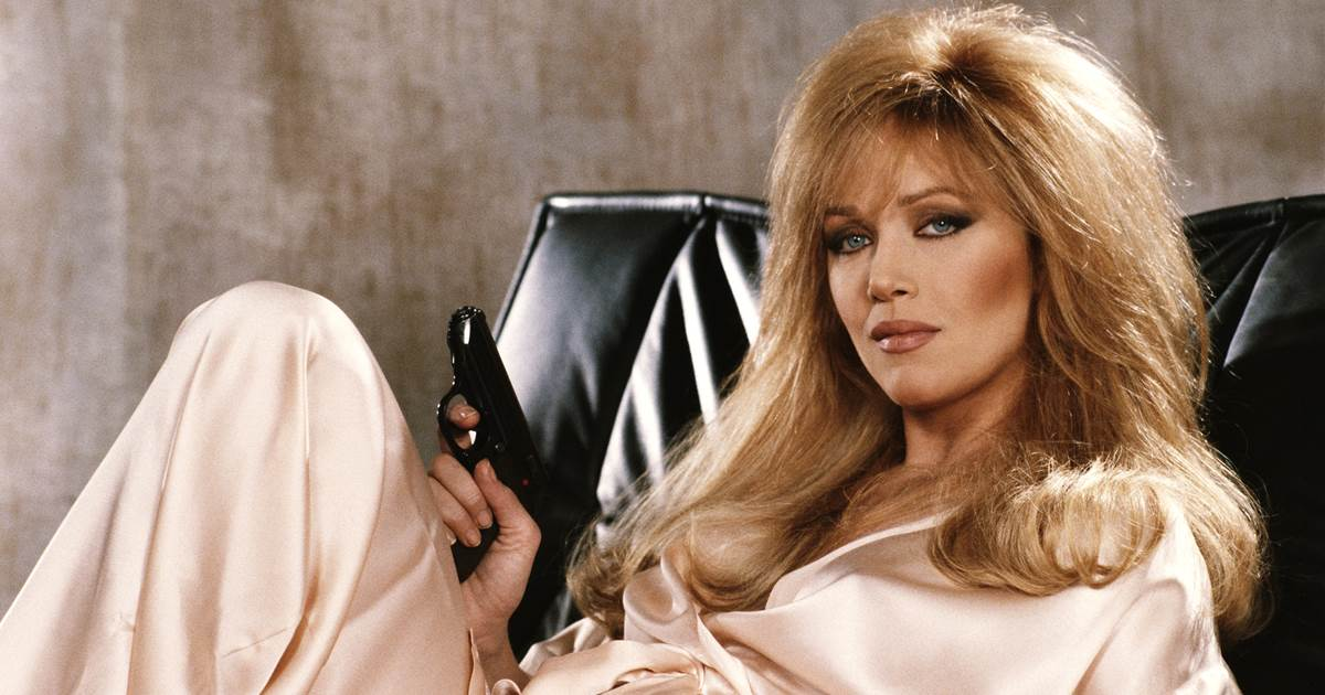 Tanya Roberts, 'That '70 Show' star, dies at 65 on the day her death was announced in advance